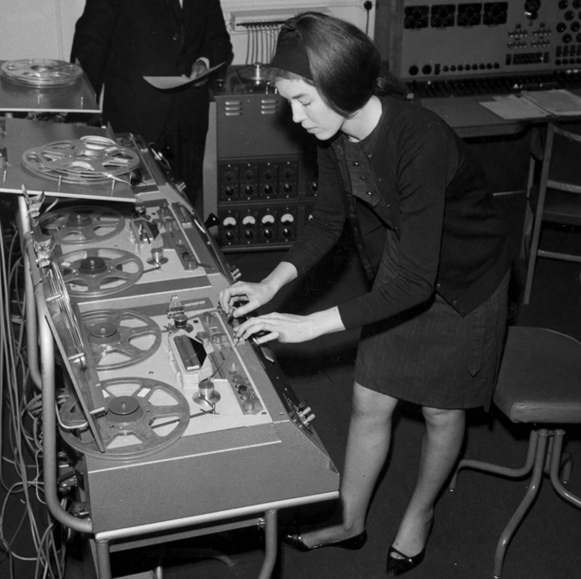 Delia Derbyshire (BBC, Doctor Who) 1960s Electronic Music