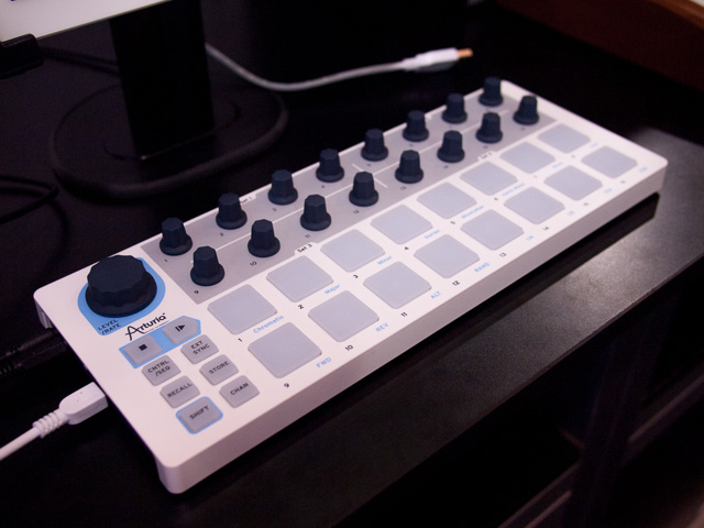 NAMM 2014 - Arturia Beatstep Controller / Sequencer