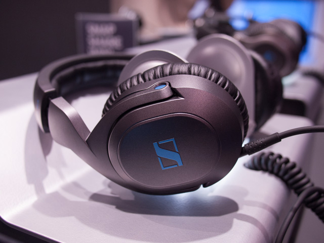 NAMM 2014 - Sennheiser HD6 Mix, HD7 DJ, HD8 DJ Headphones